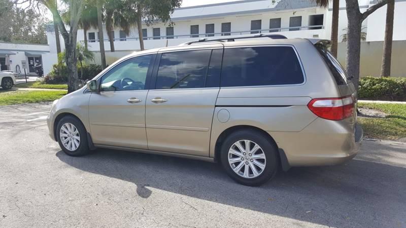 2005 Honda Odyssey Touring w/DVD w/Navi